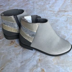 Gymboree Silver/Gray Little Girls Booties Size 11